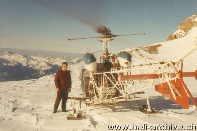April 1971 - Mountain landings with the Agusta-Bell 47G3B-1 HB-XBZ