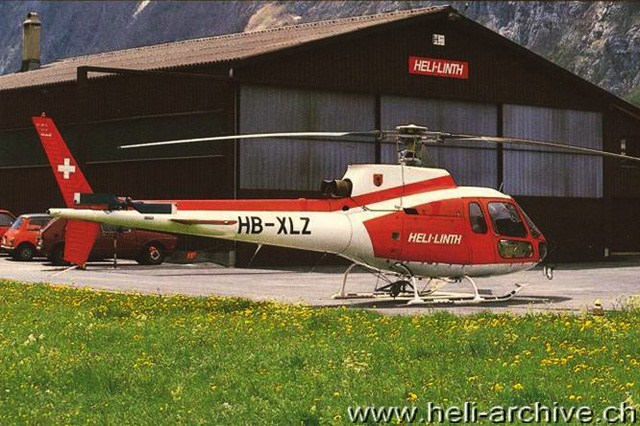 Mollis/GL, estate 1984 - L'AS 350B Ecureuil HB-XLZ in servizio con la Linth Helikopter (HAB)