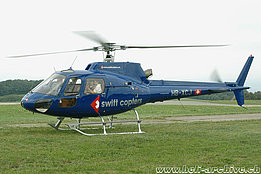 Lausanne/VD, August 2005 - The AS 350B2 Ecureuil HB-XCJ in service with Swift Copters (K. Albisser)