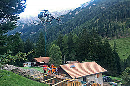 Swiss alps - The Hughes 500D HB-ZRL in service with Heli Tamina