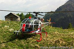 Monti di Biasca/TI, June 2013 - The SA 315B Lama HB-ZMV in service with Heli-TV (G. Mossi)