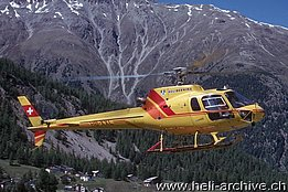 Samedan/GR - The AS 350B2 Ecureuil HB-XXL in service with Heli Bernina (T. Heumann)