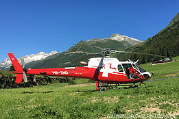 Airolo/TI, July 2016 - The AS 350B3e Ecureuil HB-ZNQ in service with Swiss Helicopter (M. Ceresa)