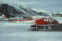 Samedan/GR, March 1992 - The AS 350B2 Ecureuil HB-XUZ in service with Heliswiss (A. Heumann)