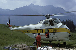 1972 - The Helitech-Sikorsky S-55T HB-XDS temporarily in service with Heliswiss (P. Aegerter)