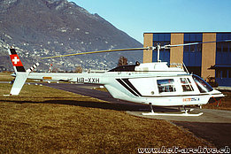 Locarno airport/TI, June 1993 - The Bell 206A/B Jet Ranger II HB-XXH in service with Eliticino (M. Bazzani)