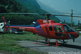 Preonzo/TI, August 1992 - The AS 350B2 Ecureuil in service with Heli-TV (HAB)