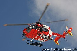 Kleine Scheidegg/BE, May 2010 - The EC 145 HB-ZRC in service with REGA photographed during a SAR training flight (B. Siegfried)