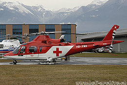 Locarno airport/TI, December 2004 – The Agusta A109K2 HB-XWA in service with Rega (C. De Stefani)
