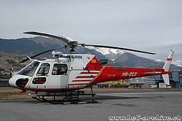 Sion/VS, February 2011 - The AS 350B3 Ecureuil HB-ZCZ of Air Glaciers fitted with winch (M. Bazzani)