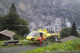 Mürren/BE, September 2014 - The AS 350B3 Ecureuil HB-ZHY in service with Air Glaciers (M. Bazzani)