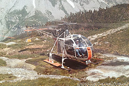July 1974 - Paul Schmid at the controls of the SA 315B Lama HB-XEN in service with Heliswiss (HAB)