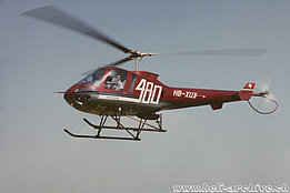 Buttwil/AG, 1996 - The Enstrom 480 HB-XUX in service with Flugschule Eichenberger (HAB)