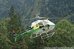 Gsteigwiler/BE, August 2009 - The AS 350B3 Ecureuil HB-ZEK in service with Bohag (K. Albisser)