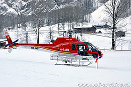 Lauterbrunnen/BE, Januar 2013 - The AS 350B2 Ecureuil HB-XVB in service with Air Glaciers (K. Albisser)