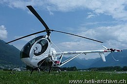 Locarn o airport/TI, July 2013 - The Schweizer 300C HB-ZIF temporarily in service with Swiss Helicopter (M. Bazzani)