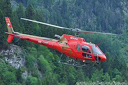 Zweisimmen/BE, June 2010 - The AS 350B3 Ecureuil HB-ZET in service with Bohag (K. Albisser)