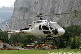 Lauterbrunnen/BE, July 2015 – The AS 350B3e Ecureuil HB-ZNR in service with Air Glaciers (M. Ceresa)