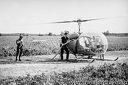 Holland 1958 - The Bell 47G2 HB-XAT in service with Heliswiss piloted by Max Kramer (M. Kramer)