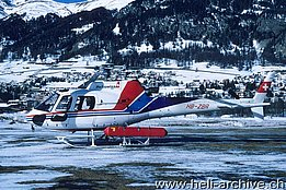 Samedan/GR, marzo 2000 - L'AS 350B3 Ecureuil HB-ZBR in servizio con la Air Grischa Helikopter AG (M. Bazzani)