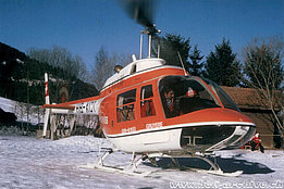 1974 -  Heli-ski with the Bell 206A/B Jet Ranger II HB-XCT in service with Heliswiss (E. Devaud)