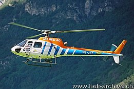 Lodrino/TI, August 2004 - The AS 350B2 Ecureuil HB-ZFZ in service with Rotor Gloor (M. Ceresa)