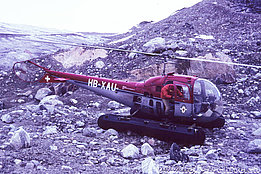 Greenland, summer 1967 - The Bell 47J Ranger HB-XAU in service with Heliswiss (family Schmid)