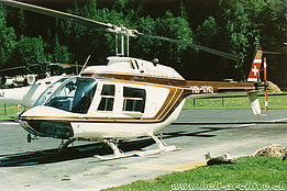 Lauterbrunnen/BE, August 1987 - The Bell 206B Jet Ranger III HB-XRQ in service with Air Glaciers (archive B. Pollinger)