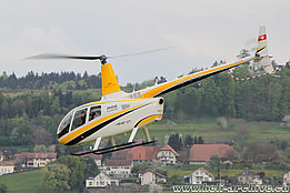 Grenchen/SO, April 2015 - The Robinson R-66 HB-ZTL in service with Valair (O. Colombi)