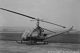 Kloten 1954 - The Hiller UH-12B HB-XAC in service with Bühre & Co. (archive O. Matti)