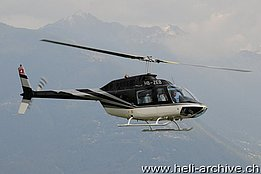 Locarno airport/TI, September 2009 - The Bell 206B Jet Ranger III HB-ZEB in service with Karen (T. Heumann)