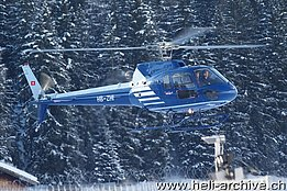 WEF Davos 2011 - The AS 350B2 Ecureuil HB-ZHI in service with Heliswiss (B. Siegfried)
