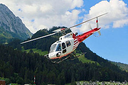Gstaad/BE - Thr AS 350B3 Ecureuil HB-ZUT in service with Air Glaciers (archive R. Zurcher)
