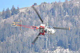 Salgesch/VS, May 2017 - The SA 315B Lama HB-XZU in service with Air Glaciers fitted with the spray equipment (T. Schmid)