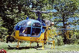 Mounts of Gnosca/TI, 22 May 2000 - The SA 315B Lama HB-ZDG in service with Heli Rezia piloted by Nicola Terribilini (M. Bazzani)