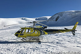 Testa Grigia/VS, January 2017 - The AS 350B3 Ecureuil HB-ZSE temporarily in service with Eagle Valais SA (H. Zurniwen)