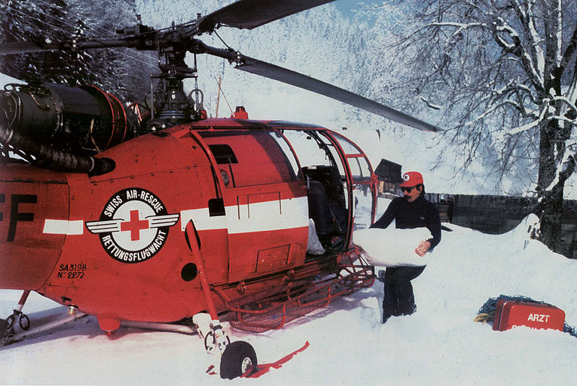 Supply mission on behalf of the Swiss Air Rescue Guard with the SA 319B Alouette 3 HB-XFF (M. Burkhard)