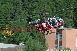 Zermatt/VS, July 2004 - The SA 315B Lama HB-XSW in service with Air Zermatt (K. Albisser)