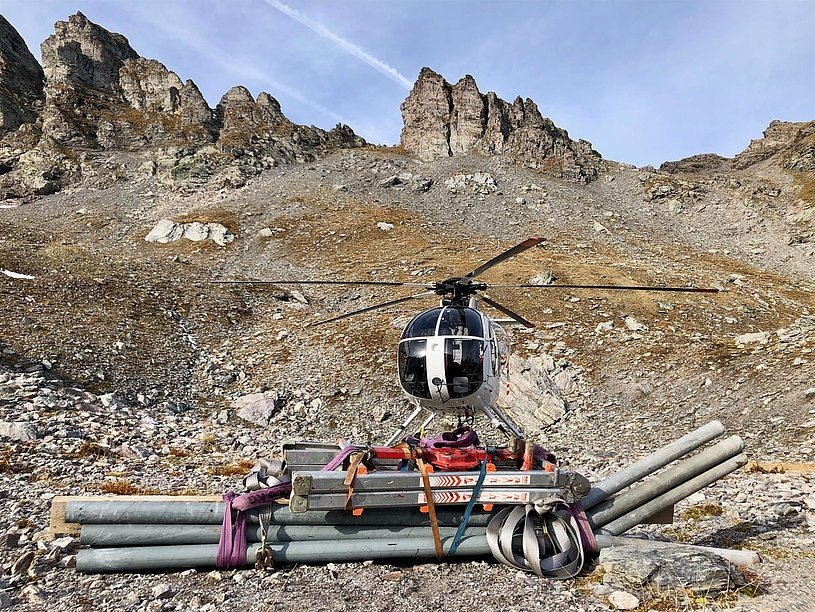 Swiss Alps - The Hughes 500D HB-ZRL in service with Heli-Tamina GmbH