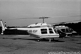 Belp/BE, early 1970s - The Bell 206A/B Jet Ranger II HB-XCP photographed together with HB-XCF (W. Studer - HAB)