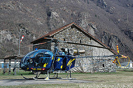 San Vittore/GR, March 2010 - The SA 315B Lama HB-ZWA in service with Heli-Rezia (M. Bazzani)