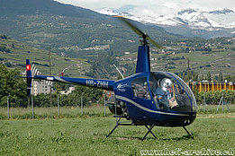 Sion/VS, July 2007 - The Robinson R-22 Beta HB-ZHH in service with Groupe Hélicoptère Sion (M. Bazzani)