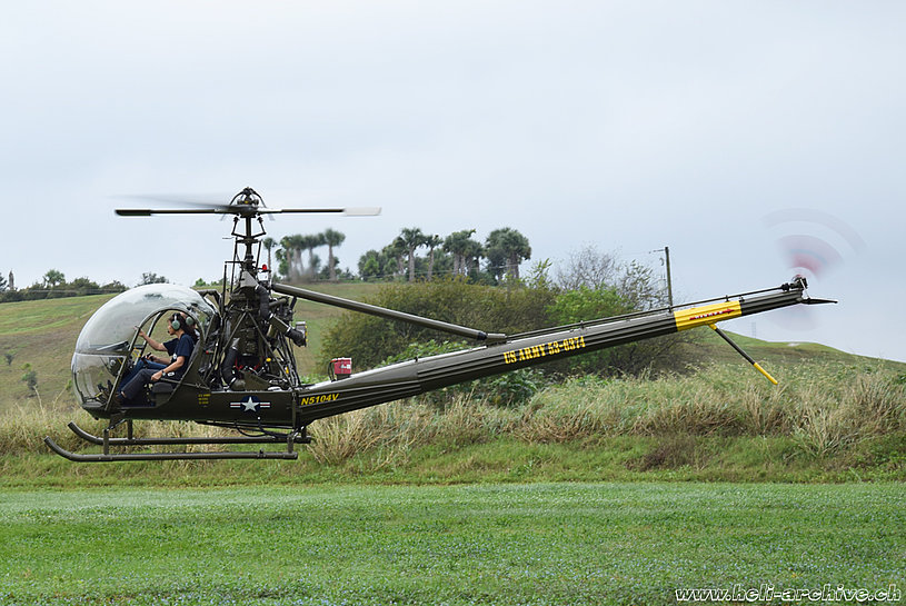 Dove/Florida - The Hiller UH-12B N5104V in flight (M. Bazzani)