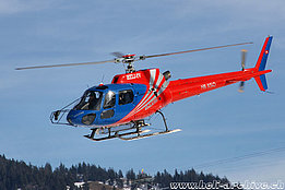 Château-d'Oex/VD, January 2015 - The AS 350B2 Ecureuil HB-XSO temporarily in service with Air Glaciers (B. Siegfried)