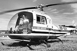1971 - Ernst Tanner at the controls of the Bell 47J Ranger HB-XDK, the first helicopter in service with Helimission (archive E. Tanner)
