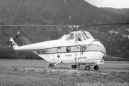 Gruyères/FR, 1970s - The Sikorsky S-55T HB-XDS in service with Heliswiss (HAB)