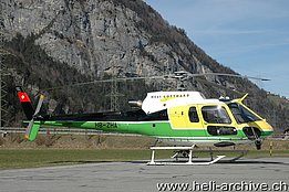 Erstfeld/UR, March 2013 - The AS 350B3 Ecureuil HB-ZHA in service with Swiss Helicopter - ex-Heli-Gotthard (M. Bazzani)