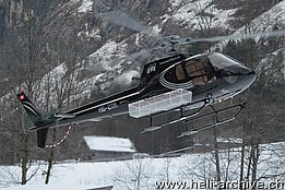 Lauterbrunnen/BE, gennaio 2014 - L'AS 350B2 Ecureuil HB-ZTM in servizio con la Mountain Flyers 80 Ltd. (O. Colombi)