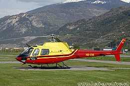 Sion/VS, May 2008 - The AS 350B2 Ecureuil HB-XVA in service with the Federal office of civil aviation (N. Däpp)