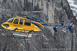 Lauberhorn ski race 2014 - The Bell 407GX HB-ZNW in service with Alpinlift Helikopter (O. Colombi)